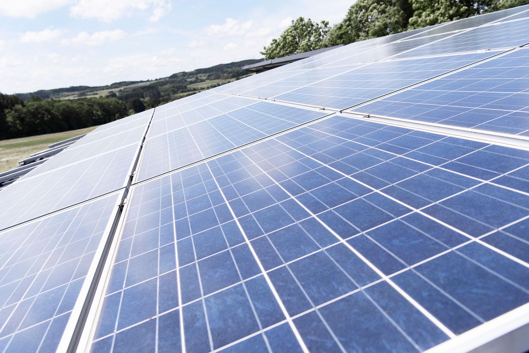 Photovoltaikanlage-mit-eigener-Stromproduktion